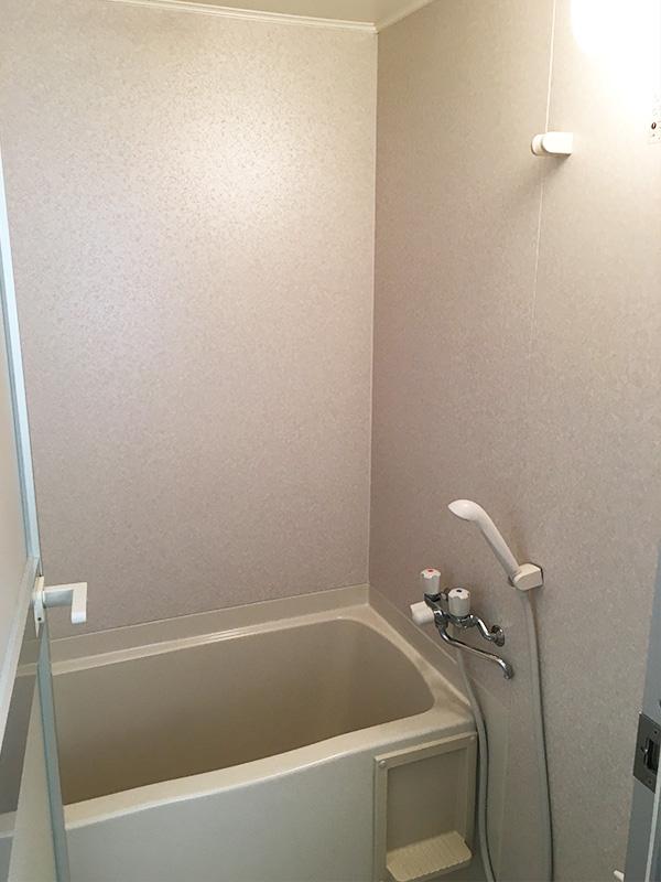 バスルーム / 2F